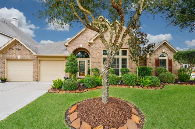 13801 Lakewater Drive, Pearland, TX 77584 (MLS #30428847) :: Texas Home Shop Realty