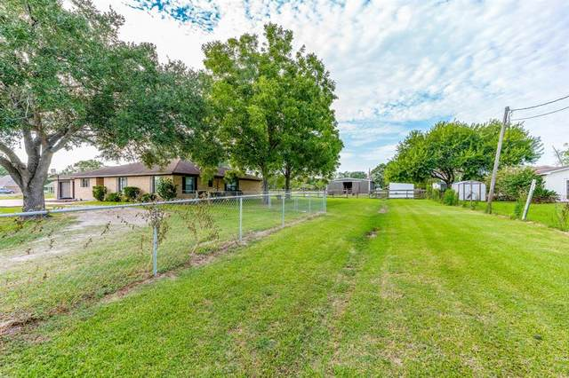 17310 F A A Road, Alvin, TX 77511 (MLS #30519172) :: The Freund Group