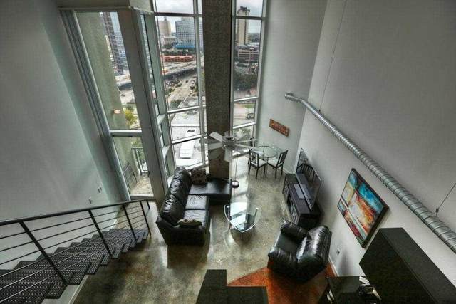 2000 Bagby Street #13434, Houston, TX 77002 (MLS #30543120) :: My BCS Home Real Estate Group