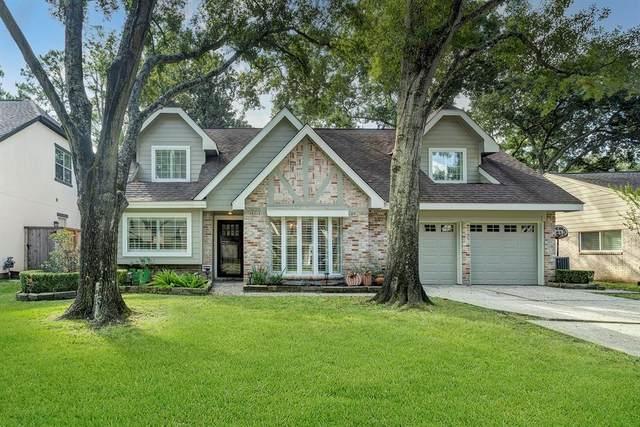 13835 Myrtlea Drive, Houston, TX 77079 (MLS #30701616) :: The Wendy Sherman Team