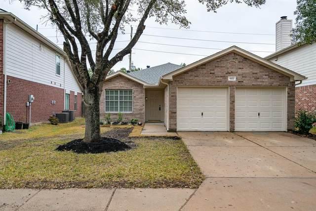 4822 Monarch Glen Lane, Katy, TX 77449 (MLS #3075101) :: My BCS Home Real Estate Group