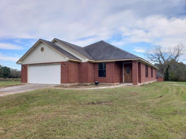 937 Mill Road, Angleton, TX 77515 (MLS #30758465) :: The SOLD by George Team