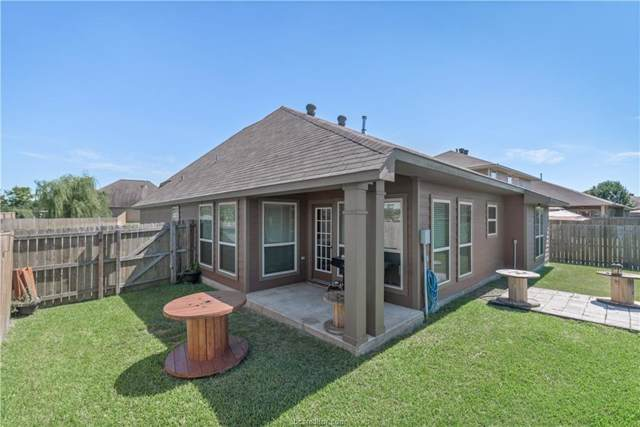 202 Boulder Drive, Navasota, TX 77868 (MLS #30796915) :: The Heyl Group at Keller Williams