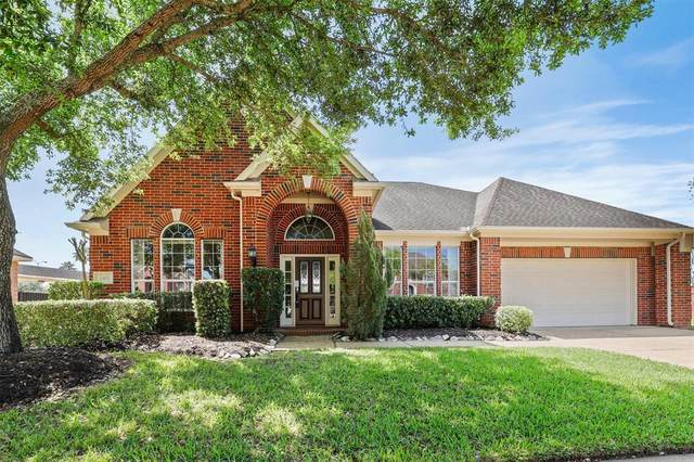 2602 Rosemary Court, Pearland, TX 77584 (MLS #30831431) :: Christy Buck Team