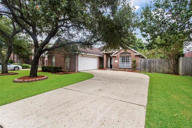 2719 W Oaks Boulevard, Pearland, TX 77584 (MLS #3088602) :: The Heyl Group at Keller Williams