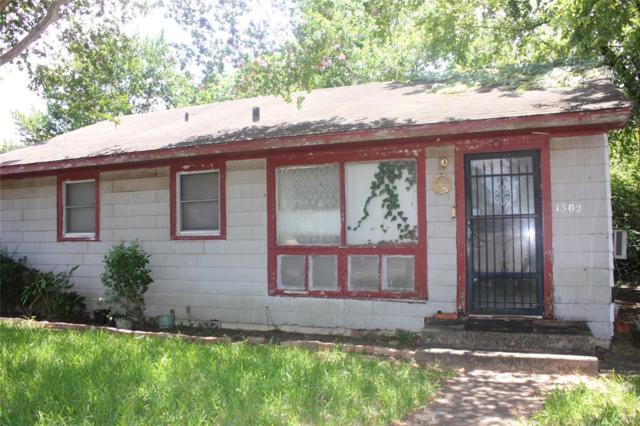 1302 Lauraine Street, Brenham, TX 77833 (MLS #31172883) :: Magnolia Realty