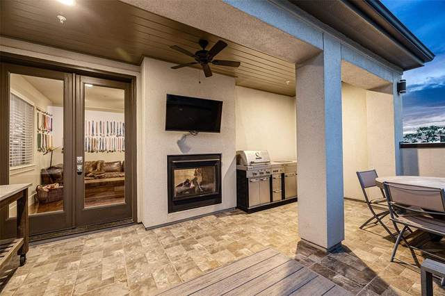 1104 W 22nd Street, Houston, TX 77008 (MLS #31175726) :: The SOLD by George Team