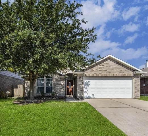 8227 Mandalay Bay Drive, Baytown, TX 77523 (#31271478) :: ORO Realty