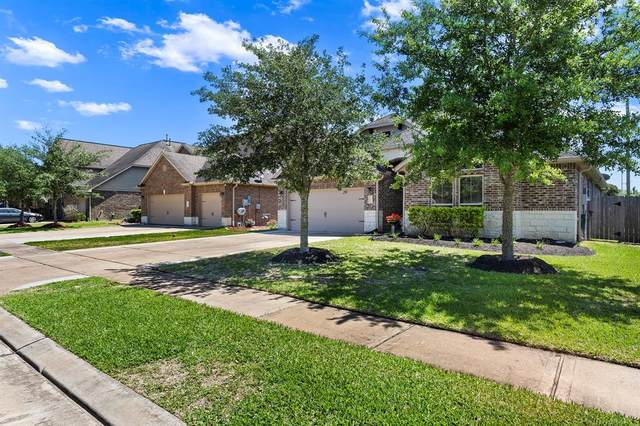 573 Kirkham Lane, League City, TX 77573 (MLS #31328856) :: The SOLD by George Team