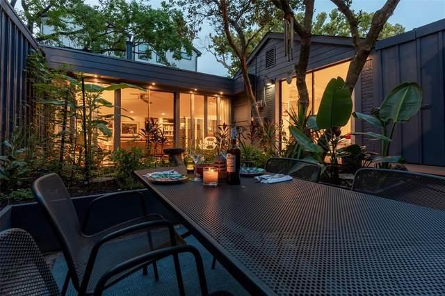 914 Damon Court, Houston, TX 77006 (MLS #31438998) :: The Home Branch