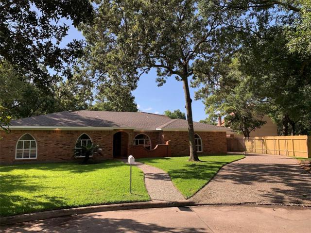 4222 Manorfield Drive, Nassau Bay, TX 77586 (MLS #31613401) :: Magnolia Realty