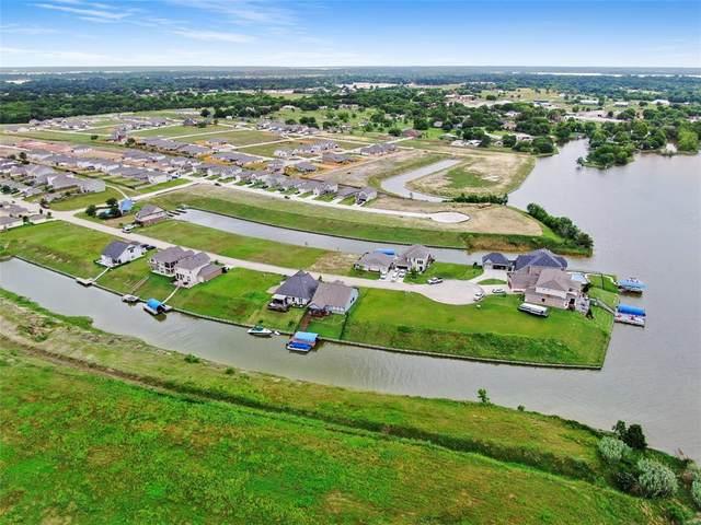 10729 S Lake Mist Lane, Willis, TX 77318 (MLS #31628772) :: My BCS Home Real Estate Group