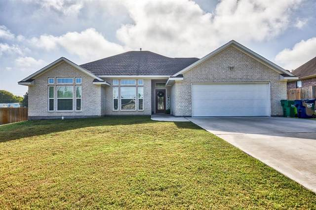 603 Bormann Street, Brenham, TX 77833 (MLS #31731988) :: My BCS Home Real Estate Group