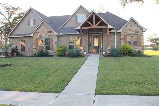 215 Arrowhead Drive, Lake Jackson, TX 77566 (MLS #31739387) :: The Jill Smith Team