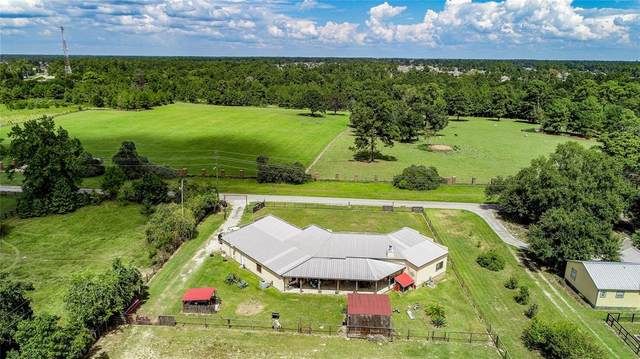 8635 Matthews Lane, Magnolia, TX 77354 (MLS #31778774) :: The Andrea Curran Team powered by Compass