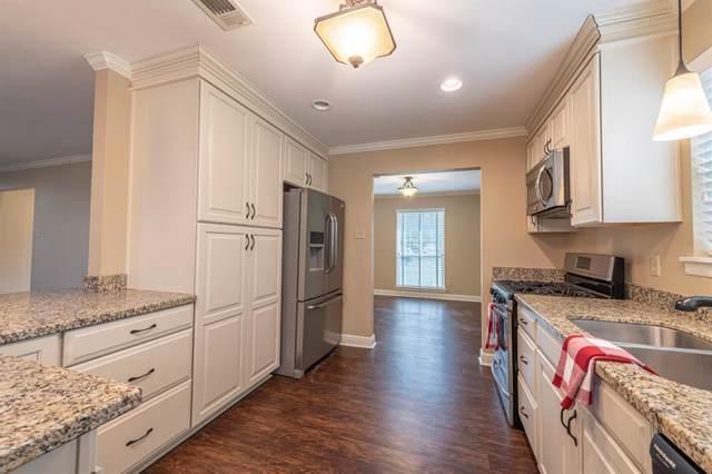 232 Tait Street, Columbus, TX 78934 (MLS #31812399) :: Texas Home Shop Realty