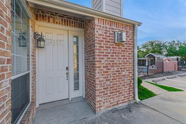 12567 Piping Rock Drive, Houston, TX 77077 (MLS #31833720) :: The Parodi Team at Realty Associates