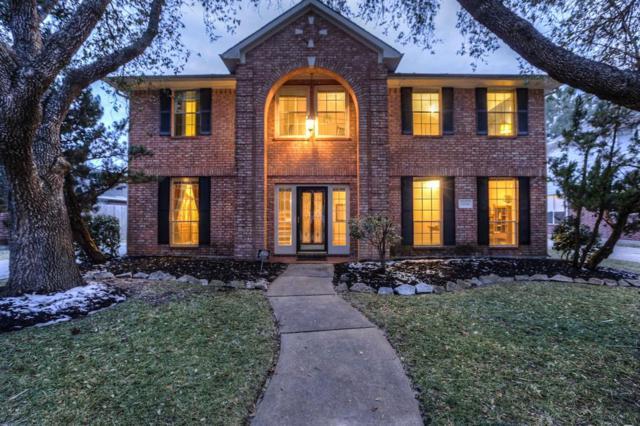 2734 W Oaks Boulevard, Pearland, TX 77584 (MLS #31900173) :: King Realty
