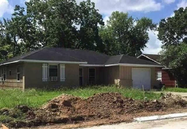 107 Bois D Arc Street D, Lake Jackson, TX 77566 (MLS #31944455) :: The Queen Team