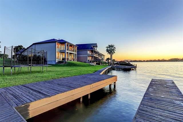 12212 Pebble View Drive, Conroe, TX 77304 (MLS #31962690) :: Giorgi Real Estate Group
