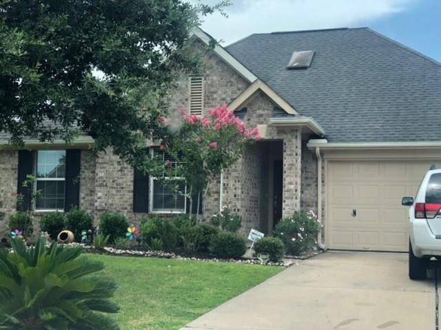 7617 Lakeside Manor Lane, Pearland, TX 77581 (MLS #31964778) :: NewHomePrograms.com LLC
