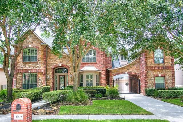 13519 Greenwood Lakes Lane, Houston, TX 77044 (MLS #32123603) :: The Parodi Team at Realty Associates