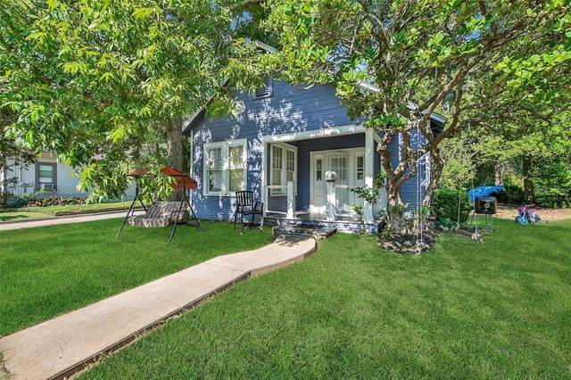 1101 N Thompson Street, Conroe, TX 77301 (MLS #32155471) :: The Andrea Curran Team powered by Compass