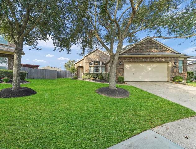 527 Burham Lane, League City, TX 77573 (MLS #32175952) :: The SOLD by George Team