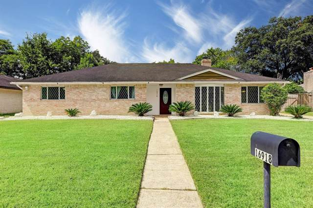 16918 Townes Road, Friendswood, TX 77546 (MLS #32237739) :: Christy Buck Team