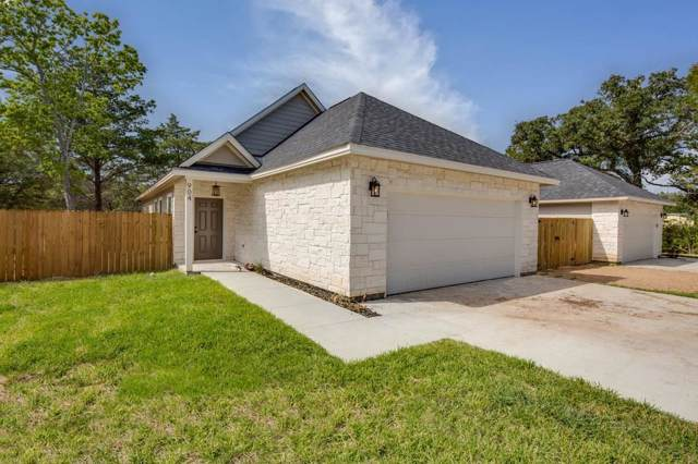 904 New York, Bryan, TX 77803 (MLS #32270994) :: NewHomePrograms.com LLC