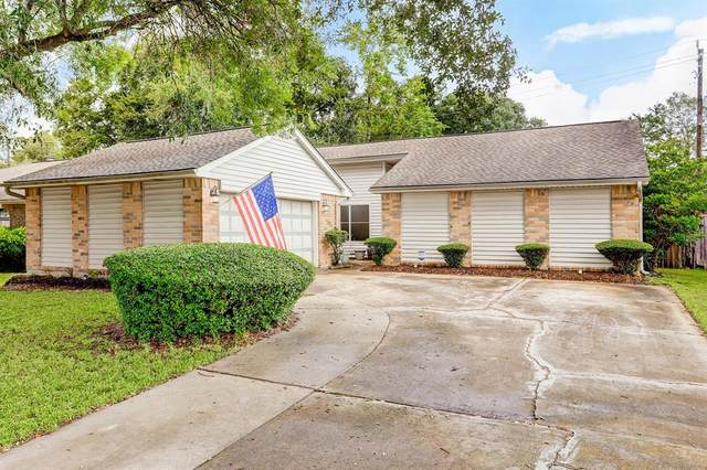 1823 Pilgrims Point Drive, Friendswood, TX 77546 (MLS #32272171) :: Texas Home Shop Realty