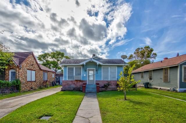 4307 Avenue Q 1/2, Galveston, TX 77550 (MLS #32417428) :: My BCS Home Real Estate Group