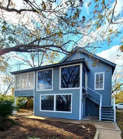 1015 Bayshore Drive, La Porte, TX 77571 (MLS #32425170) :: The Parodi Team at Realty Associates