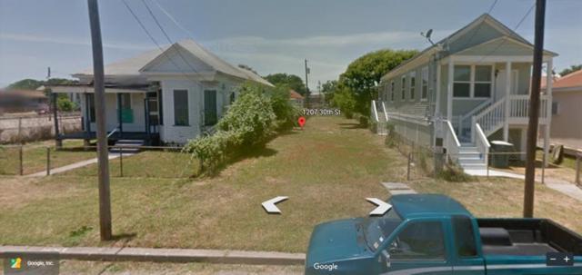 1207 30th Street, Galveston, TX 77550 (MLS #32468511) :: Christy Buck Team