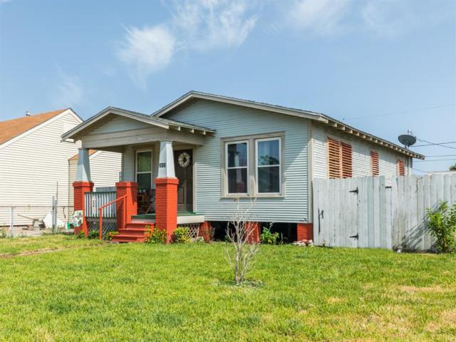 5017 Avenue O 1/2, Galveston, TX 77551 (MLS #32469084) :: NewHomePrograms.com LLC