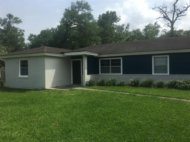 221 Burnett Drive, Baytown, TX 77520 (MLS #32499606) :: Texas Home Shop Realty
