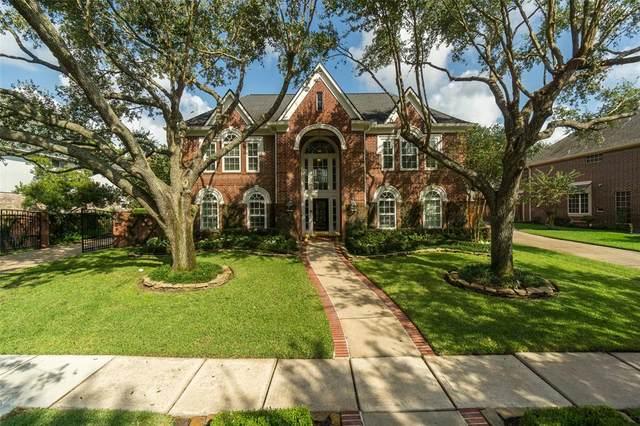 3219 Scenic Elm Street, Houston, TX 77059 (MLS #32685615) :: Connect Realty