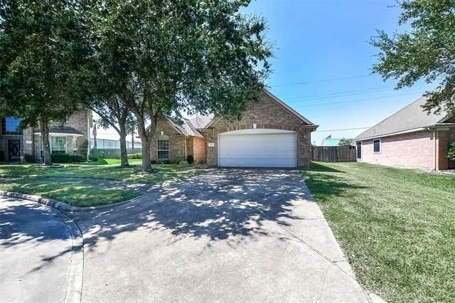 7911 Beaver Street, Baytown, TX 77523 (MLS #32731780) :: NewHomePrograms.com