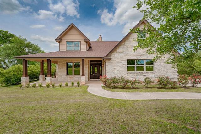 2260 Hillview, Bellville, TX 77418 (MLS #32780454) :: Magnolia Realty