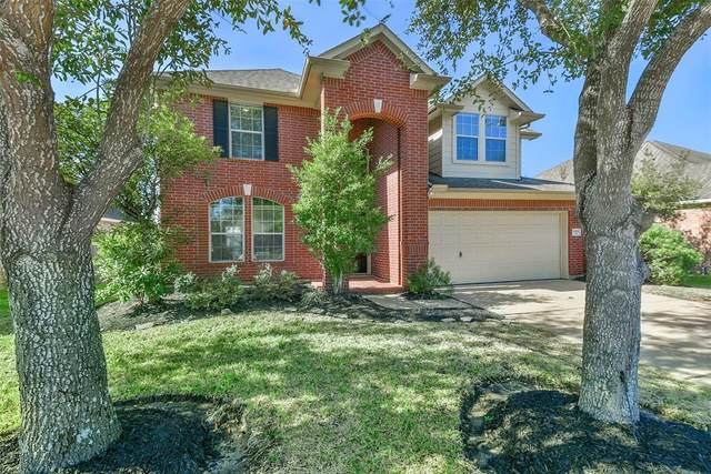 1908 Lazy Hollow Lane, Pearland, TX 77581 (MLS #32837575) :: Michele Harmon Team