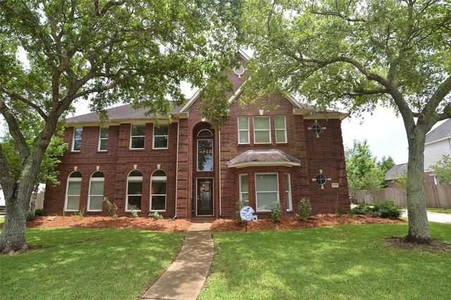 1309 Edgewater Drive, Friendswood, TX 77546 (MLS #32858235) :: Christy Buck Team