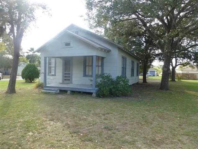 2245 9th Street, Hempstead, TX 77445 (MLS #33024083) :: Homemax Properties