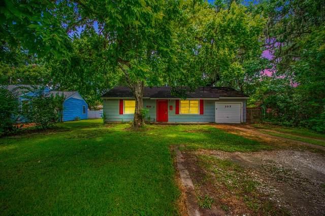 107 Primrose Street, Lake Jackson, TX 77566 (#33079107) :: ORO Realty