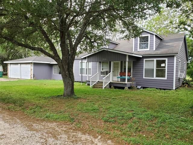1111 Garcia Street E, El Campo, TX 77437 (MLS #33087646) :: TEXdot Realtors, Inc.
