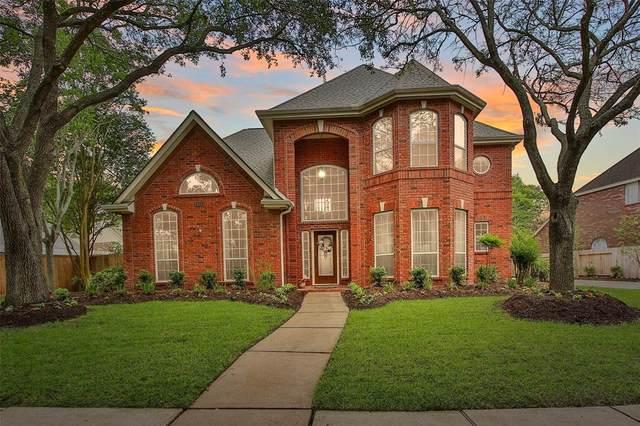 903 Clarenda Falls Drive, Sugar Land, TX 77479 (MLS #33096372) :: The Heyl Group at Keller Williams