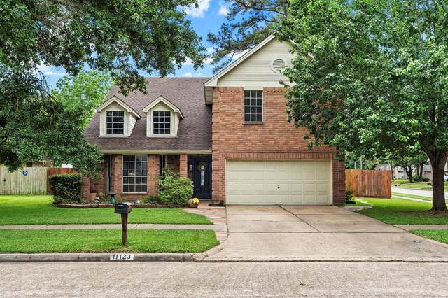 11123 Gatesden Drive, Tomball, TX 77377 (MLS #33144241) :: Connell Team with Better Homes and Gardens, Gary Greene