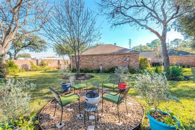 7502 Creekwood Drive, Houston, TX 77063 (MLS #33174885) :: The Parodi Team at Realty Associates