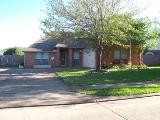 916 N Belle Drive, Angleton, TX 77515 (MLS #33175567) :: JL Realty Team at Coldwell Banker, United