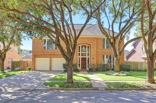 1610 Greenleaf Oaks Drive, Sugar Land, TX 77479 (MLS #33472971) :: The Sansone Group