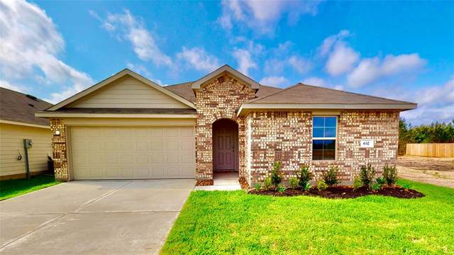 482 Road 5138, Cleveland, TX 77327 (MLS #33547609) :: NewHomePrograms.com LLC